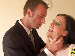 Massaggi camere Sybil massaggio video hard donna sexy con Cherie procace bionda