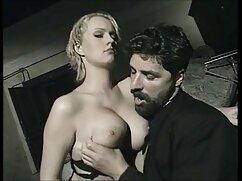 Teen leccato moglie troia hard a raggiungere l'orgasmo