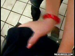 - Jade Neal mostra come ottenere video porno belen rodriguez un orgasmo